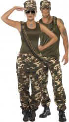 Disfarce de casal militar