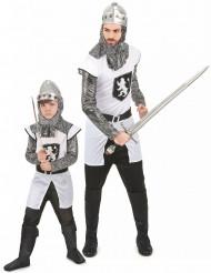 Disfarce cavaleiro casal pai e filho