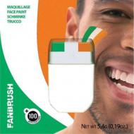 Maquilhagem verde, branca e cor de laranja