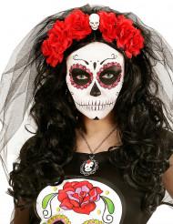 Bandolete com flores vermelhas e caveira mulehr Dia de los muertos