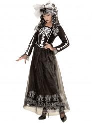 Disfarce esqueleto com saiote.