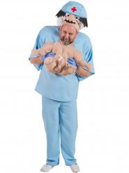 Disfarce humorístico bebé nos braços de um médico