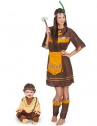 Disfarce casal índio castanho mãe e filho