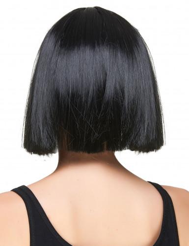 Peruca curta preta com franja mulher-1